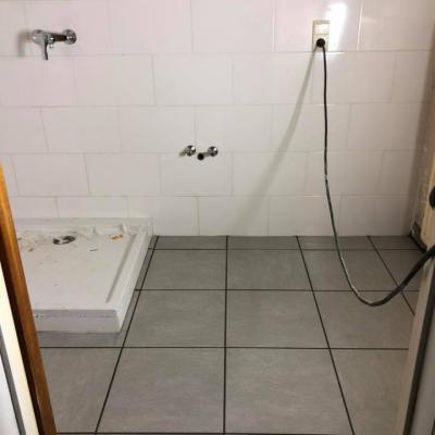 Pose du carrelage salle de bain